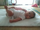 3か月児 足上げ